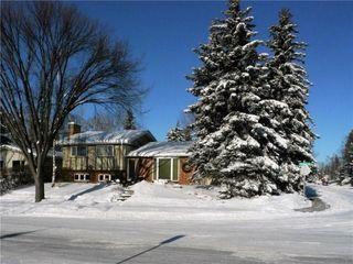 Photo 3: 2404 PALLISER Drive SW in Calgary: Palliser House for sale : MLS®# C4162437