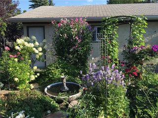 Photo 8: 2404 PALLISER Drive SW in Calgary: Palliser House for sale : MLS®# C4162437