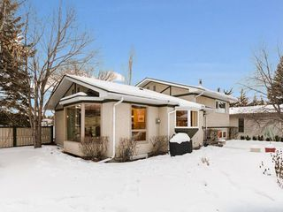 Photo 39: 2404 PALLISER Drive SW in Calgary: Palliser House for sale : MLS®# C4162437