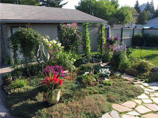 Photo 7: 2404 PALLISER Drive SW in Calgary: Palliser House for sale : MLS®# C4162437