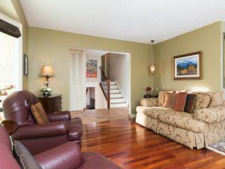 Photo 11: 2404 PALLISER Drive SW in Calgary: Palliser House for sale : MLS®# C4162437