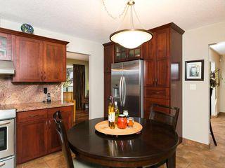 Photo 17: 2404 PALLISER Drive SW in Calgary: Palliser House for sale : MLS®# C4162437