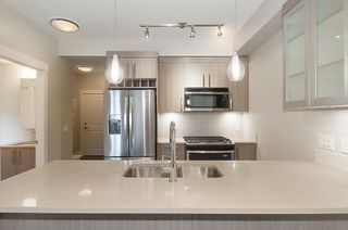 "Photo 10: 103 22327 RIVER Road in Maple Ridge: West Central Condo for sale in ""REFLECTIONS ON THE RIVER"" : MLS®# R2240883"