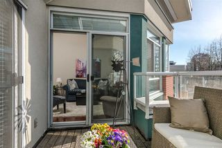 "Photo 15: 403 128 W 8TH Street in North Vancouver: Central Lonsdale Condo for sale in ""The Library"" : MLS®# R2241470"
