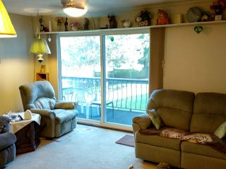 Photo 2: 1021 CLARKE Road in Port Moody: College Park PM Townhouse for sale : MLS®# R2248493