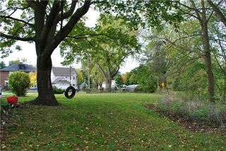 Photo 2: 95 Poplar Part 2 Avenue in Halton Hills: Acton Property for sale : MLS®# W4084007