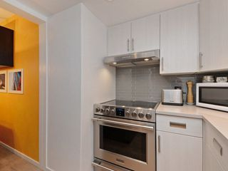 Photo 4: 302 2295 PANDORA STREET in Vancouver: Hastings Condo for sale (Vancouver East)  : MLS®# R2252393