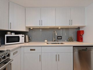 Photo 3: 302 2295 PANDORA STREET in Vancouver: Hastings Condo for sale (Vancouver East)  : MLS®# R2252393