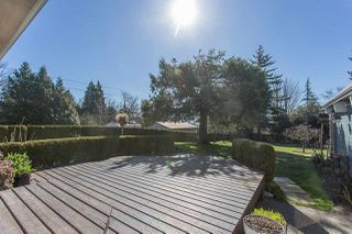 Photo 15: 29400 SUNVALLEY Crescent in Abbotsford: Aberdeen House for sale : MLS®# R2262605