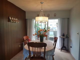 "Photo 3: 15018 ROBIN Crescent in Surrey: Bolivar Heights House for sale in ""birdland"" (North Surrey)  : MLS®# R2266990"