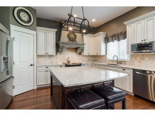 Photo 10: 6837 199A Street in Langley: Willoughby Heights House for sale : MLS®# R2278018