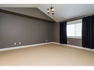 Photo 13: 6837 199A Street in Langley: Willoughby Heights House for sale : MLS®# R2278018