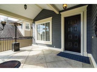 Photo 2: 6837 199A Street in Langley: Willoughby Heights House for sale : MLS®# R2278018