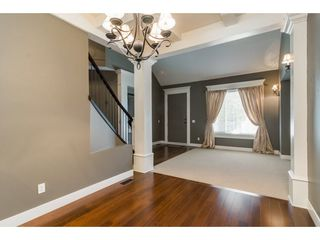 Photo 5: 6837 199A Street in Langley: Willoughby Heights House for sale : MLS®# R2278018
