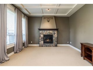 Photo 7: 6837 199A Street in Langley: Willoughby Heights House for sale : MLS®# R2278018