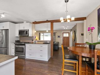 "Photo 3: 5221 RADCLIFFE Road in Sechelt: Sechelt District House for sale in ""SELMA PARK"" (Sunshine Coast)  : MLS®# R2300713"