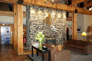 "Photo 3: 402 4200 WHISTLER Way in Whistler: Whistler Village Condo for sale in ""Tantalus Lodge"" : MLS®# R2303940"
