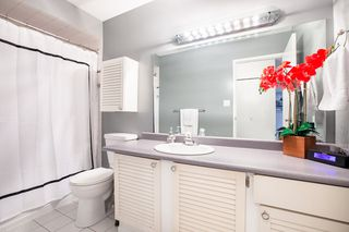 """Photo 15: 3412 WEYMOOR Place in Vancouver: Champlain Heights Townhouse for sale in """"MOORPARK"""" (Vancouver East)  : MLS®# R2315321"""