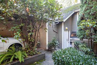 """Photo 17: 3412 WEYMOOR Place in Vancouver: Champlain Heights Townhouse for sale in """"MOORPARK"""" (Vancouver East)  : MLS®# R2315321"""