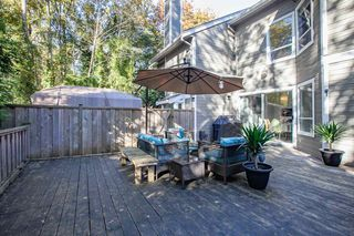 """Photo 18: 3412 WEYMOOR Place in Vancouver: Champlain Heights Townhouse for sale in """"MOORPARK"""" (Vancouver East)  : MLS®# R2315321"""