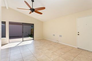 Photo 5: CARLSBAD WEST Townhome for sale : 3 bedrooms : 2502 Via Astuto in Carlsbad