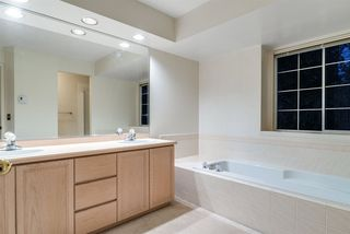 """Photo 10: 62 101 PARKSIDE Drive in Port Moody: Heritage Mountain Townhouse for sale in """"TREETOPS"""" : MLS®# R2325380"""