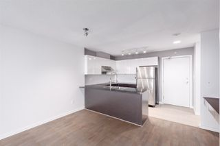 "Photo 2: 1007 4178 DAWSON Street in Burnaby: Brentwood Park Condo for sale in ""TANDEM"" (Burnaby North)  : MLS®# R2332985"