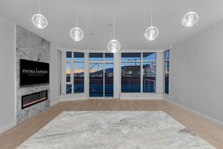 Photo 3: 707 175 VICTORY SHIP Way in North Vancouver: Lower Lonsdale Condo for sale : MLS®# R2342959