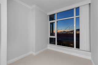 Photo 12: 707 175 VICTORY SHIP Way in North Vancouver: Lower Lonsdale Condo for sale : MLS®# R2342959