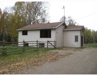 Photo 4: 22550 CHIEF LAKE RD in Prince George: Nukko Lake House for sale (PG Rural North (Zone 76))  : MLS®# N196134