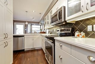 Photo 9: 10 2118 EASTERN Avenue in North Vancouver: Central Lonsdale Townhouse for sale : MLS®# R2346791
