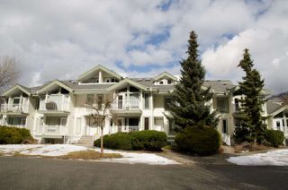 Photo 1: 107 1275 SCOTT Drive in Hope: Hope Center Condo for sale : MLS®# R2349133