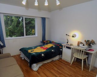 Photo 10: 2628 POPLYNN Place in North Vancouver: Westlynn House for sale : MLS®# R2349621