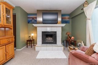 Photo 8: 531 Westwind Drive in VICTORIA: La Atkins Strata Duplex Unit for sale (Langford)  : MLS®# 407102