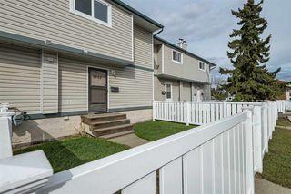 Photo 2: 8429 29 Avenue in Edmonton: Zone 29 Townhouse for sale : MLS®# E4154243