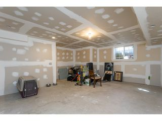 "Photo 17: 6968 179A Street in Surrey: Cloverdale BC Condo for sale in ""The Terraces"" (Cloverdale)  : MLS®# R2364563"