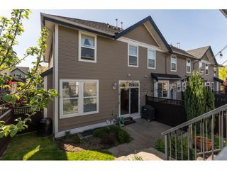 "Photo 2: 6968 179A Street in Surrey: Cloverdale BC Condo for sale in ""The Terraces"" (Cloverdale)  : MLS®# R2364563"