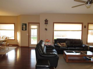 Photo 5: 6131 MAYNARD Crescent in Edmonton: Zone 14 House for sale : MLS®# E4156398