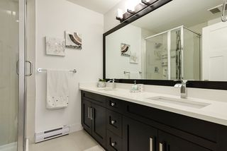 """Photo 5: 111 13670 62 Avenue in Surrey: Sullivan Station Townhouse for sale in """"PANORAMA 62"""" : MLS®# R2384572"""