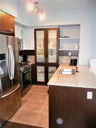 """Photo 3: 2906 2980 ATLANTIC Avenue in Coquitlam: North Coquitlam Condo for sale in """"THE LEVO"""" : MLS®# R2386938"""