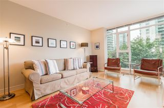"Photo 9: 402 1650 BAYSHORE Drive in Vancouver: Coal Harbour Condo for sale in ""Bayshore Gardens"" (Vancouver West)  : MLS®# R2394615"