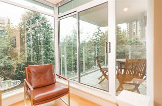"Photo 12: 402 1650 BAYSHORE Drive in Vancouver: Coal Harbour Condo for sale in ""Bayshore Gardens"" (Vancouver West)  : MLS®# R2394615"