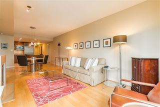 "Photo 6: 402 1650 BAYSHORE Drive in Vancouver: Coal Harbour Condo for sale in ""Bayshore Gardens"" (Vancouver West)  : MLS®# R2394615"