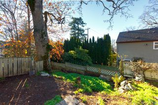 Photo 38: 656 Lampson St in VICTORIA: Es Rockheights Single Family Detached for sale (Esquimalt)  : MLS®# 829413