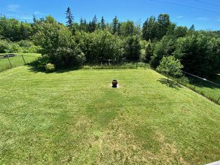Photo 4: 102 Parkwood Drive in Sydney River: 202-Sydney River / Coxheath Residential for sale (Cape Breton)  : MLS®# 202014054