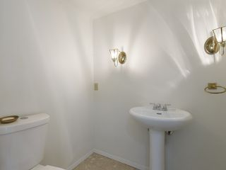 """Photo 21: 639 W 27TH Avenue in Vancouver: Cambie Townhouse for sale in """"GRACE ESTATES"""" (Vancouver West)  : MLS®# R2503796"""