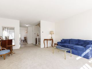 """Photo 10: 639 W 27TH Avenue in Vancouver: Cambie Townhouse for sale in """"GRACE ESTATES"""" (Vancouver West)  : MLS®# R2503796"""