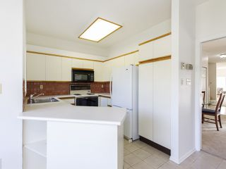 """Photo 15: 639 W 27TH Avenue in Vancouver: Cambie Townhouse for sale in """"GRACE ESTATES"""" (Vancouver West)  : MLS®# R2503796"""