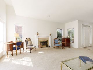 """Photo 9: 639 W 27TH Avenue in Vancouver: Cambie Townhouse for sale in """"GRACE ESTATES"""" (Vancouver West)  : MLS®# R2503796"""