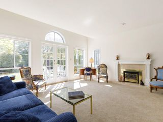 """Photo 8: 639 W 27TH Avenue in Vancouver: Cambie Townhouse for sale in """"GRACE ESTATES"""" (Vancouver West)  : MLS®# R2503796"""